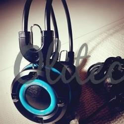Headphone Keenion 888